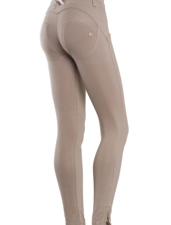 FREDDY WR.UP Shaping Effect – Low Waist – 7/8 Skinny Pants- Beige