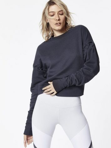 ALO Yoga Hook-Up Long Sleeve Top - Sexy Yoga Tops Anthricite
