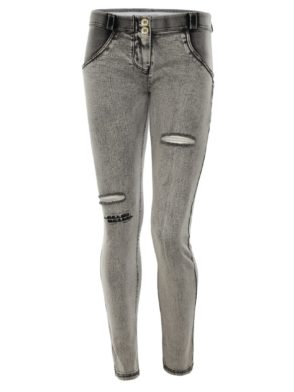 FREDDY WR.UP Shaping Effect – Regular Waist – Skinny – Distressed Light Grey Denim with Embroidery