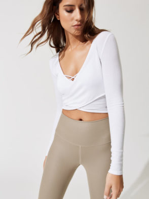 ALO Yoga Amelia Long Sleep Crop -Sexy Yoga Tops white
