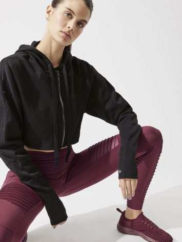 ALO Yoga Extreme Crop Jacket – Long Sleeve Top-Sexy Yoga Tops Black