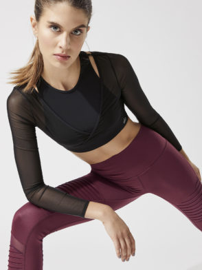 ALO Yoga Pivot Layered LS Top (black)