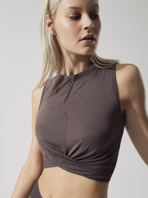 ALO Yoga Cover Tank (raisin)