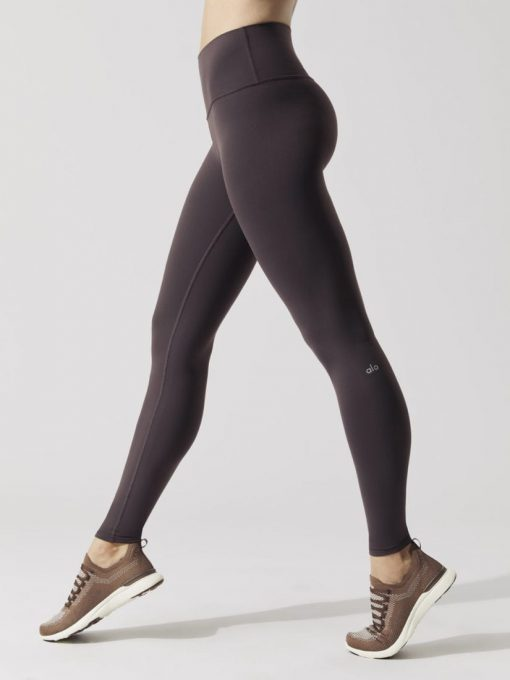 ALO Yoga High Waist Airbrush Legging (raisin)