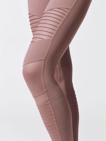 ALO Yoga High-Waist Moto Leggings (smoky quartz)