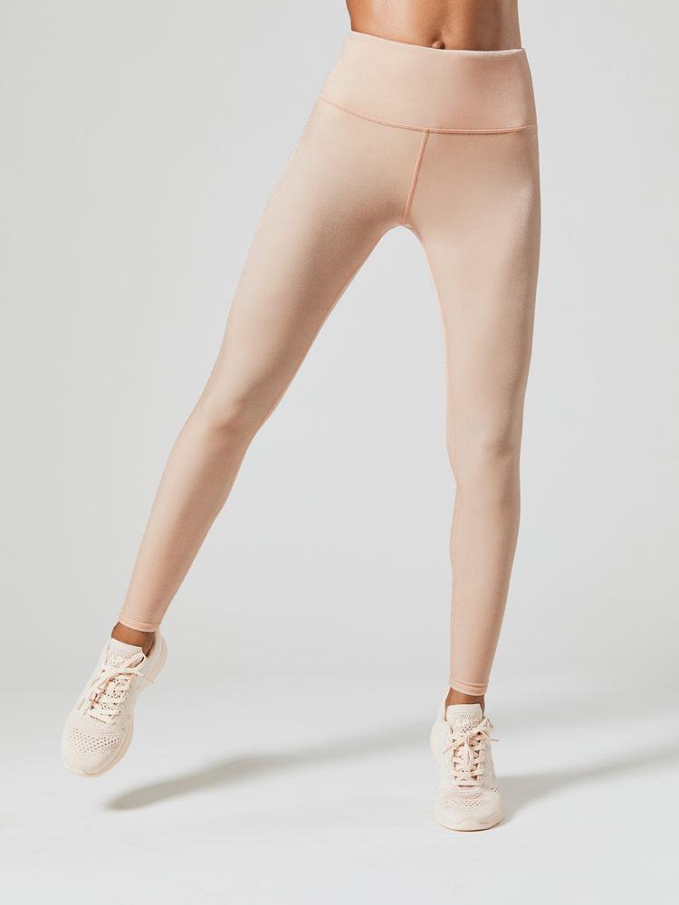 fac9589005dd0 ALO Yoga Continuity Capri Sexy Leggings - white