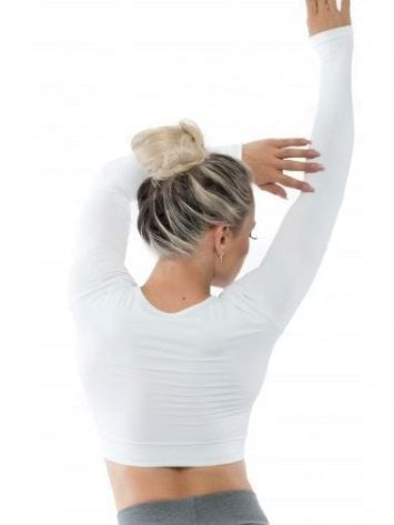 BFB Activewear Cropped Top Long Sleeve - WhiteBFB Activewear Cropped Top Long Sleeve - White