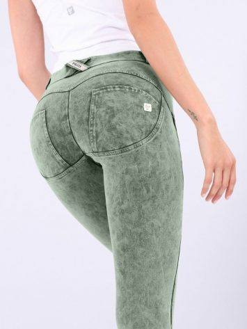 WR.UP® Regular Rise – Skinny Fit Trousers with Acid-Washed Effect WRUP1RF823 – Green